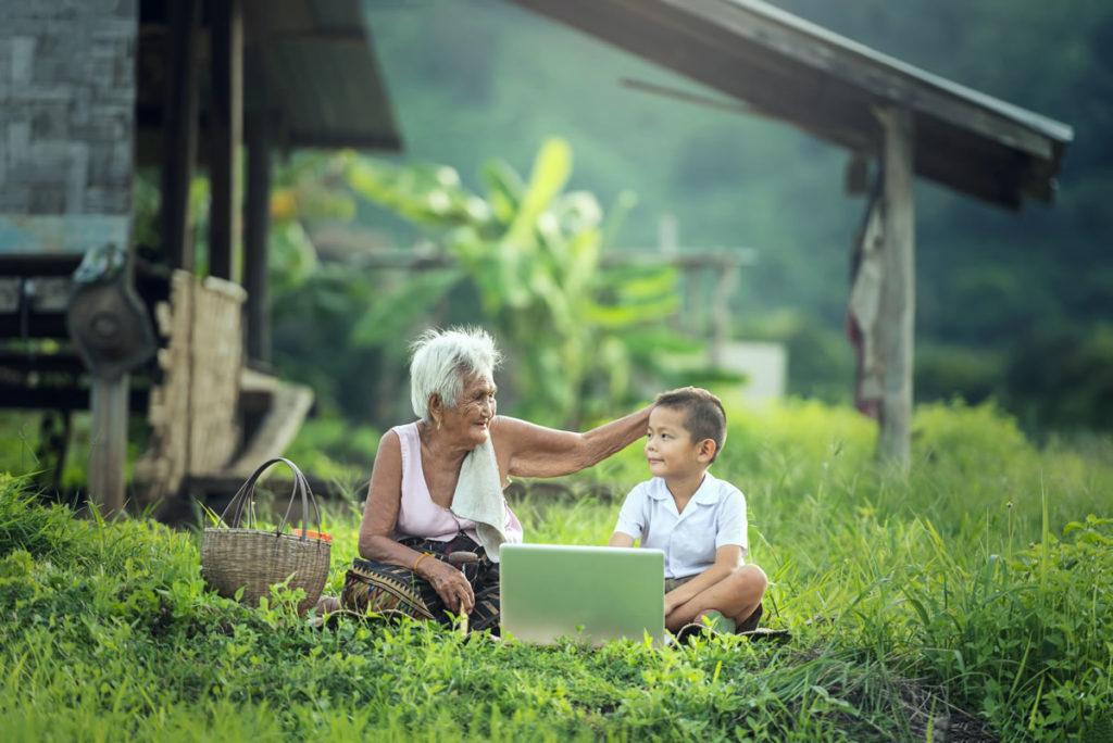 ejemplo personas mayores